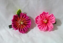 DSCF1564 (EruwaedhielElleth) Tags: flowers flower floral hair japanese pin handmade decorative craft clip maiko fabric hana geisha accessories ornamental accessory tsumami kanzashi zaiku