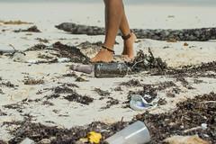Humanidad-Impunidad (Sergio Tohtli) Tags: beach trash gente playa basura impactoambiental impunidad environmentalimpact siankaan mosaiconaturamxico