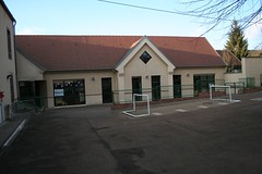 """Ecole de Dixmont • <a style=""""font-size:0.8em;"""" href=""""http://www.flickr.com/photos/125520774@N03/14699970705/"""" target=""""_blank"""">View on Flickr</a>"""