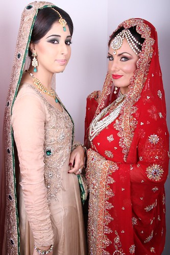 "Z Bridal Makeup Training Academy  59 • <a style=""font-size:0.8em;"" href=""http://www.flickr.com/photos/94861042@N06/14759210384/"" target=""_blank"">View on Flickr</a>"