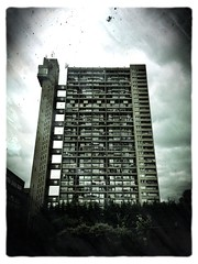 Trellick Tower (firstnameunknown) Tags: camera london architecture clarity trellicktower brutalism towerblock brutalist popcam ernőgoldfinger iphoneography photoforge photoforge2