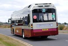 25 (Callum's Buses & Stuff) Tags: man bus buses volvo edinburgh iron university queen hybrid lothian musselburgh 7900 madder lothianbuses edinburghbus madderandwhite madderwhite busesedinburgh volvo7900