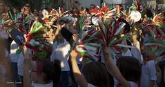 Tricolore (Serena Leone) Tags: verde italia gente bambini festa rosso bianco cultura gruppo tricolore paese manifestazioni sventolare