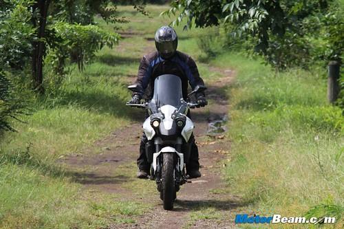 2014-Moto-Morini-Granpasso-32