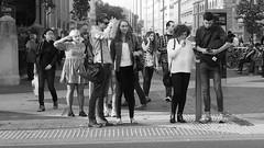Just waiting to cross the street... (@An alien in London) Tags: england streetart art unitedkingdom londres olympuspen londra londen lontoo southkensington ロンドン londyn londýn 伦敦 런던 лондон لندن לונדון λονδίνο लंदन microfourthirds mzuiko লন্ডন olympusepl5 туманныйальбион londonstreetslondon analieninlondon