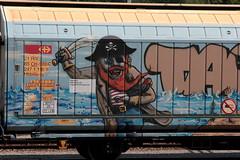 SBB Cargo Güterwagen Hbbills - uy 21 85 247 1 118 - 9 mit Graffiti Pirat mit Piratenschiff am Güterbahnhof Bern Weyermannshaus bei Bern im Kanton Bern der Schweiz (chrchr_75) Tags: car de wagon carr schweiz switzerland suisse swiss transport eisenbahn railway voiture il coche bil juli christoph svizzera bahn schweizer freight wagons transporte vagón bíll ferroviario güter carga suissa vagão 2015 trasporto chrigu jernbane 貨車 güterwagen frakt ferroviário eisenbahnwagen bahnen ferroviaire kolejowy kuljetus spoorwegrijtuig vracht 客車 chrchr marchandises godsvagn fragt hurni järnvägsvagn jernbanevogn chrchr75 chriguhurni wagony მანქანა tavaravaunu iarnróid სატვირთო albumgüterwageninderschweiz iompar lastais chriguhurnibluemailch juli2015 albumzzz201507juli albumbahnenderschweiz2015712