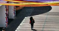 ¿ A DÓNDE VAS? (FOTOS PARA PASAR EL RATO) Tags: texturas sombras méxico centrocomercial personas calles