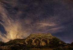 Castillo de Bernia (joaquinain) Tags: pano panorámica nightly nocturna nubes clouds stras estrellas castillo ruinas castle ruins olympus omd em1 voigtlander