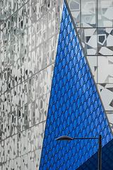 Geometry Lesson II (Underground Joan Photography) Tags: ryersonuniversity ryersonstudentlearningcentre triangle geometric geometry architecture toronto blue streetlamp facade pattern