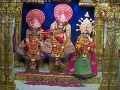 Radha Krishna Shayan Darshan on Wed 05 Apr 2017 (bhujmandir) Tags: radha krishna dev lord maharaj swaminarayan hari bhagvan bhagwan bhuj mandir temple daily darshan swami narayan shayan
