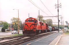 CSS GP38-2 #2008 & #2009 001 (trainphotoz) Tags: css gp382 gary chicagosouthshoresouthbend southshoreline southshorefreight