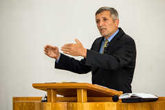 Pastorul Viorel Borza (AZS - MR) Tags: program sda preaching azs conferinta lauda fagaras predica viorel adventisti borza spiritualitate sdarm reformisti azsmr