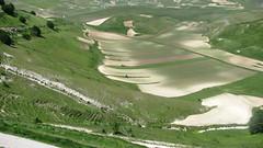 il pennello della natura (maresogno67) Tags: panorama natura castelluccio verdevallata