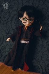 Harry Potter Doll / Isul Full Custom / FA FS For Adoption (Amarie Photography ) Tags: set outfit uniform doll handmade wizard unique ooak wand magic harry potter harrypotter full fantasy custom hogwarts fa fs adoption mueca muneca griffindor