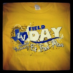 Field Days and Fun Runs are always better when you're wearing a great shirt. #fieldday #funrun