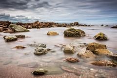 (en3lra) Tags: longexposure sea mer beach cloudy plage fil nuageux poselongue