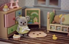 (*Joyful Girl  Gypsy Heart *) Tags: family blog families koala calico critters etsy diorama dollhouse sylvanian roombox joyfulgirlgypsyheart