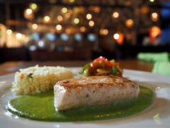 Mexican snapper with green sauce. (Pescado con Poblano) (Chef Luis Jimnez) Tags: food fish green cooking mexico restaurant rice olympus cocina pescado snapper poblano robalo mexicancooking cocinamexicana greensauce traditionalcooking omdem1