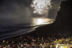 Paradise Cove July 4th 2014 (mikepmiller) Tags: ca summer vacation beach losangeles fireworks malibu crowded paradisecove