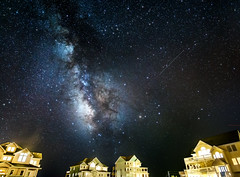 Stars Over Hatteras (Sky Noir) Tags: longexposure sky night way stars island north hatteras carolina outer milky banks obx cottages skynoir