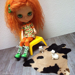 FOR SALE: Cowskin rug playscale (Juther) Tags: color cute carpet miniatures cow miniature carved doll dolls colorfull interior curls wig mohair rug littlegirl blythe custom fashiondoll interiordesign cutest homesweethome diorama dollhouse miniaturefurniture blythedoll dollfurniture cowskin customblythe blythedolls customdoll littlelady littlemissperfect dollcustom mohairwig blythecustom sleepingelf blytheproject customgirl cowrug blytheaday mylittlemissperfect