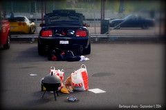 Barbeque chaos (Papa Razzi1) Tags: stuffed parkinglot september trunk barbeque trackday 4070 mantorppark