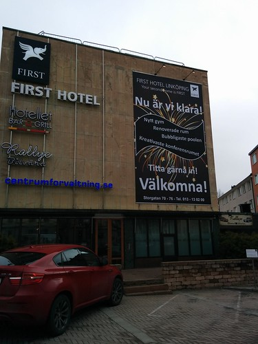 First Hotel vepa