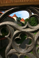 Amberg (Bavaria) Through the bridge details (Sokleine) Tags: heritage germany bayern deutschland bavaria gates medieval historic walls fortifications fortress allemagne middleages amberg oberpfalz bavire