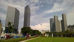 Razor blades (SmartFireCat) Tags: east gateway suntec city mrt bugis downtown line singapore towers torres skyscrapers rascacielos metro estación tren singapur architecture arquitectura aire libre outdoors square