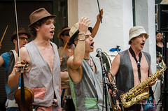 La Xaranga del Xubec ... (Digidiverdave) Tags: portrait music spain band entertainment menorca baleares mahon davidhenshaw laxarangadelxubec henshawphotography