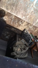 Garbage compactor 1 (Seteg) Tags: trash gummi agu raincoat mll afvalbak trashed raincoats afval rainsuit regenjacke mllsack regenjassen regenmantel regnfrakke regenjas regenanzug regnfrakk regnjakke gummimantel regenpak regenbekleidung mllpresse gummiregenmantel afvalzak agusport