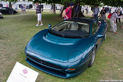 Festival Of Speed 2013 - Jaguar XJ220 (Deux-Chevrons.com) Tags: jaguarxj220 jaguar xj220 car coche voiture auto automobile automotive oldtimer ancienne collection collectible collector vintage festivalofspeed goodwood england sportcar gt supercar exotic exotics