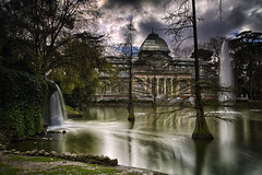 Palacio de Cristal (dmelchordiaz) Tags: dmelchordiaz lake water palace cristal slow cloud dark retiro park madrid spain fall nd motion reflection tree