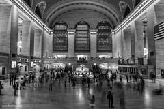 Grand Central Terminal NYC (Iván Molina) Tags: longexposure architecture arquitectura blackandwhite train grandterminal grandcentralterminal newyorkcity newyork