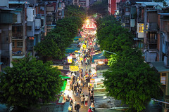南機場夜市|Nanjichang Night Market (里卡豆) Tags: olympus penf 台北 taipei 台灣 taiwan 夜市 南機場 voigtlander 425mm f095 nokton nanjichang night market nightmarket