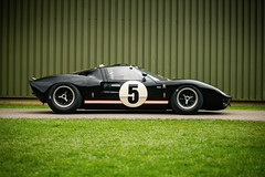 Olivier Ellerbrock and Christian Glasel - 1965 Ford GT40 at the 2017 Goodwood 75th Members Meeting (Photo 1) (Dave Adams Automotive Images) Tags: 75mm 75thmembersmeeting auto autombiles automotive cars classiccars classicmotorsport classicracing daai daveadams daveadamsautomotiveimages goodwood goodwood75thmembersmeeting goodwoodmembersmeeting heritage motorsport racing racingcars vintage wwwdaaicouk olivierellerbrock christianglasel 1965fordgt40 1965 ford gt40