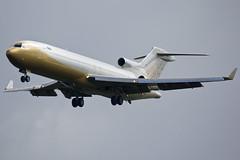 4K-8888 Boeing 727 (pzlm28) Tags: classic gold boeing kraków 727 azerbijan epkk 4x8888