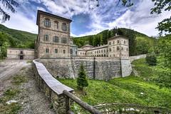 Castello Reale di Valcasotto (danilodld) Tags: italy landscape italia natura piemonte castello paesaggio dld 2014 garessio pamparato valcasotto iborghipiùbelliditalia nikond5000 hdrdld