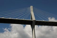 Poyabrücke  bzw. Poya - Brücke ( Strassenbrücke - Hängebrücke - Brücke - Bridge - Pont => Eröffnung am 11. Oktober 2014 => Länge 851,6 m - Höhe über Saane 70m ) über der S.aane - S.arine im Kanton Freiburg - Fribourg in der Schweiz (chrchr_75) Tags: chriguhurnibluemailch christoph hurni schweiz suisse switzerland svizzera suissa swiss kantonfreiburg kantonfribourg gummiboottour chrchr chrchr75 chrigu chriguhurni 1406 juni 2014 hurni140630 juni2014 albumhängebrückenderschweiz bridge silta pont ponte 橋 brug puente hängebrücke seilbrücke hængebro suspension riippusilta suspendu sospeso サスペンションブリッジ hangbrug hengebru most wiszący pênsil pod sveitsi sviss スイス zwitserland sveits szwajcaria suíça suiza poyabrücke poya freiburg schrägseilbrücke brücke üechtland kanton fribourg