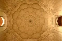 Safdarjung's Tomb, New Delhi - Ceiling (Unseen Horizons) Tags: safdarjungstomb mughalarchitecture historicdelhi mughaltombs historicsitesindelhi