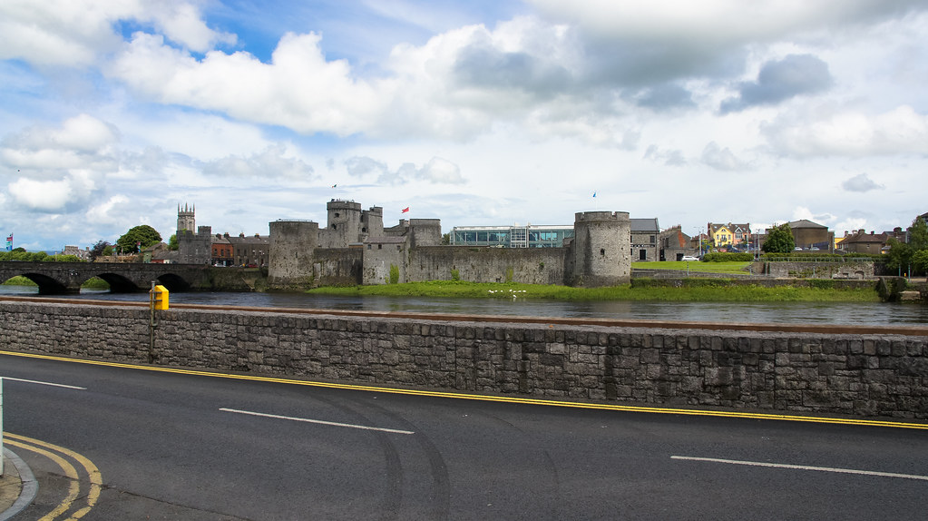 KING JOHN'S CASTLE AS SEEN FROM THE OPPOSITE SIDE OF THE RIVER SHANNON