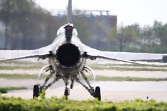 RNLAF F-16 Solo Demo Team (Rens Bressers) Tags: show holland netherlands june aviation military air jet nederland airshow planes april brabant 1418 noordbrabant 2014 militair luchtvaart