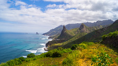 DSC00263 (eliazar.dominantez) Tags: cliff islands rocks canarias tenerife canary islas