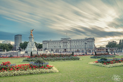 Buckingham Palace (Umbreen Hafeez) Tags: park city uk family england building london statue architecture clouds mall garden europe long exposure cityscape royal palace victoria queen gb buckingham pall 10stop