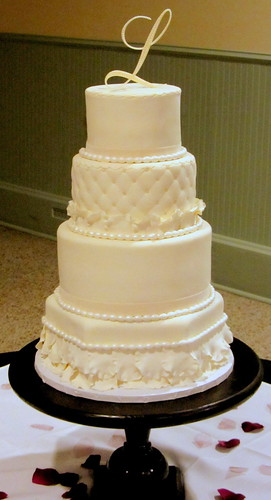 messer wedding cake