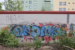 random graffiti (Thomas_Chrome) Tags: suomi finland graffiti europe illegal tampere