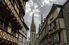 IMG_4447_48_49 (xsalto) Tags: france bretagne cathédrale maison vieux quimper colombages saintcorentin