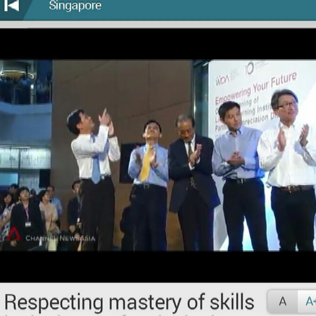 Apparently, i have 2-sec of fame on national tv. #notphotoshop #realphoto #channelnewsasia