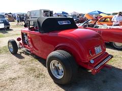 1932 Ford (bballchico) Tags: 1932 ford hiboy roadster hotrod danberkey carshow arlington arlingtondragstripreunionandcarshow 2014 206 washingtonstate arlingtonwashington