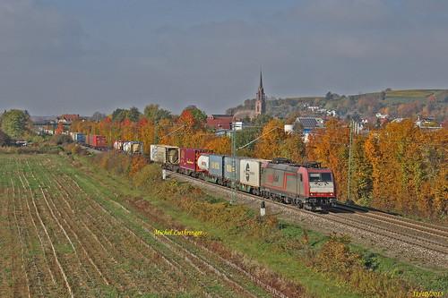 BR 185 593-1 Crossrail Train de caisses à Köndringen